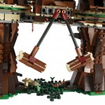 LEGO 10236 Ewok Village Crush