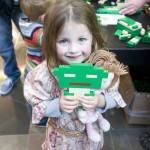 Lego Star Wars Yoda Event_Evie Moran builds Yoda