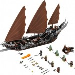 Lego 79008 Pirate Ship Ambush Set