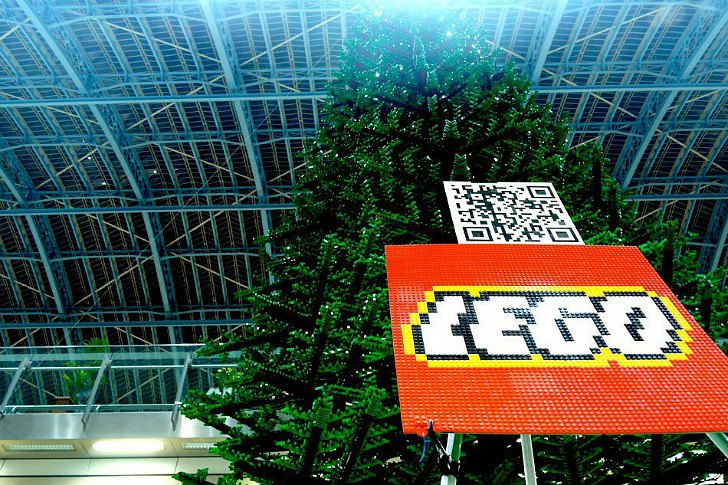 World's Biggest Lego Tree