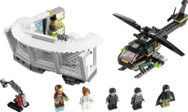 LEGO Iron Man Malibu Mansion Attack Set 76007